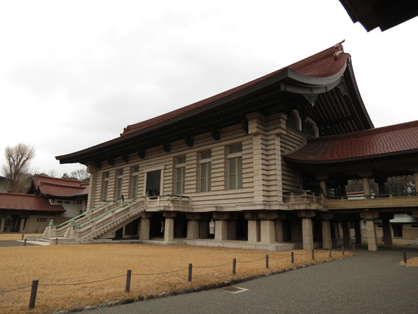 130625_明治神宮宝物殿3.JPG