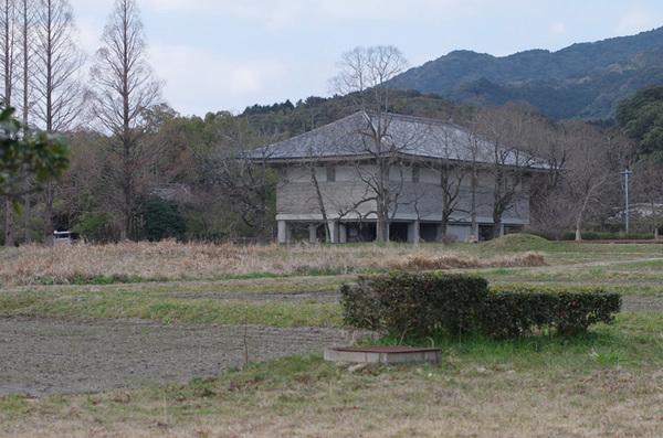 160301_観世音寺収蔵庫.jpg